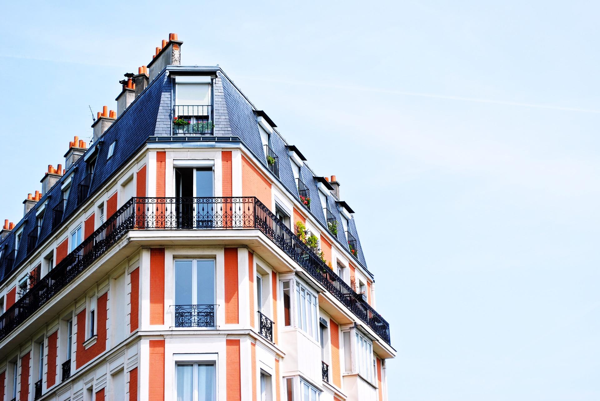 8 goede redenen om het beheer van het gebouw toe te vertrouwen aan de mede-eigenaars zelf
