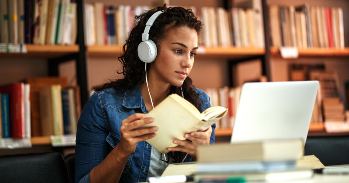 7 Tips for College Students to Excel in Online Courses