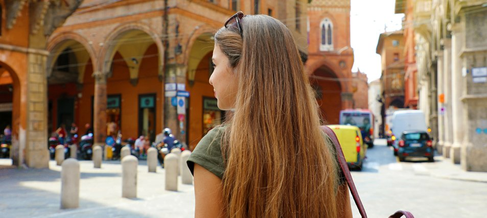 How to Tell If a College Has a Strong Study Abroad Program