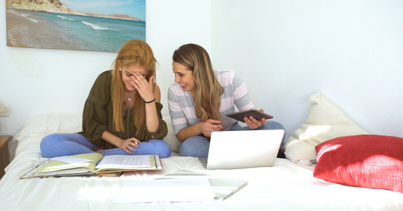 4 Things to Remember When Searching for a College Roommate